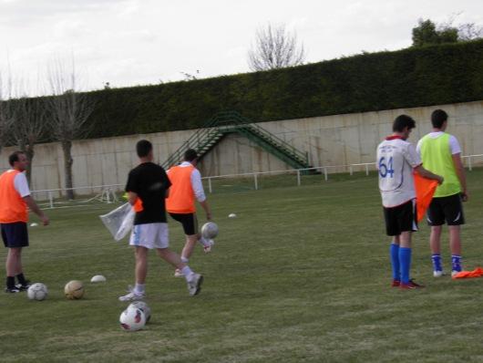 Jugador controlando el balón sin que se caiga